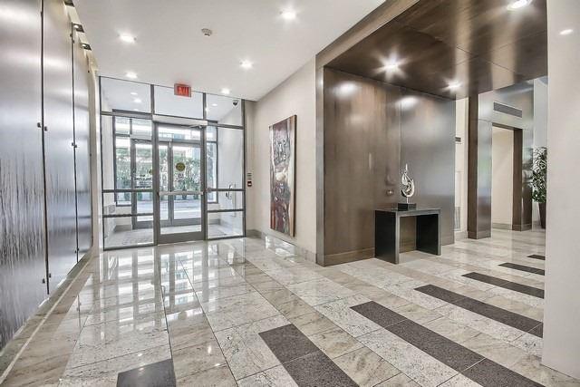 Condo Apartment at 35 Hollywood Ave, Unit 1019, Toronto, Ontario. Image 11
