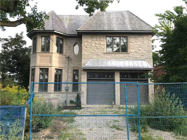 Detached at 8 Vesta Dr, Toronto, Ontario. Image 8
