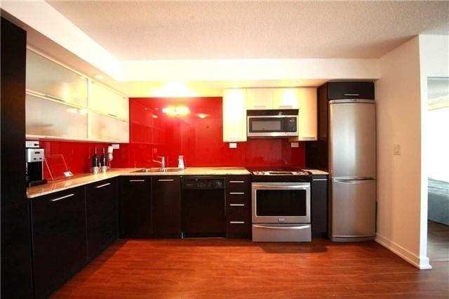 Condo Apartment at 8 Telegram Mews, Unit 1706, Toronto, Ontario. Image 6