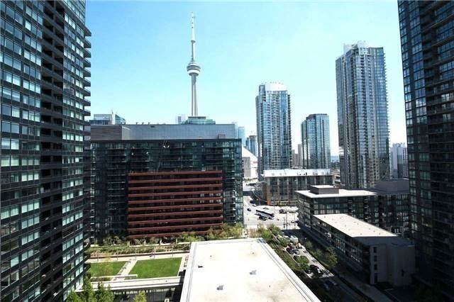 Condo Apartment at 8 Telegram Mews, Unit 1706, Toronto, Ontario. Image 9
