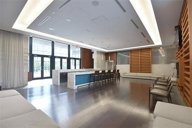 Condo Apartment at 8 Telegram Mews, Unit 1706, Toronto, Ontario. Image 11