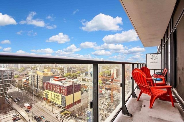 Condo Apartment at 159 Dundas St E, Unit 1507, Toronto, Ontario. Image 7