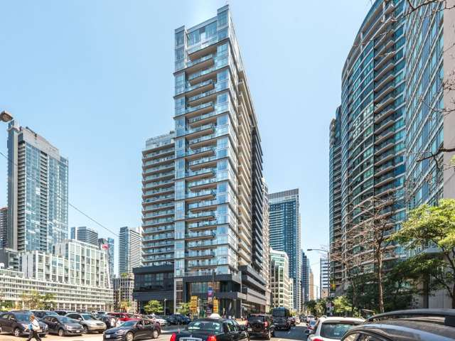 Condo Apartment at 352 Front St W, Unit 1107, Toronto, Ontario. Image 1