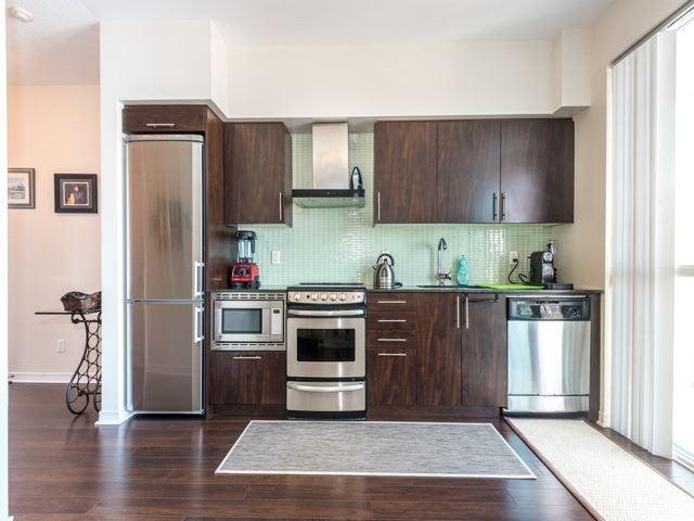 Condo Apartment at 352 Front St W, Unit 1107, Toronto, Ontario. Image 4