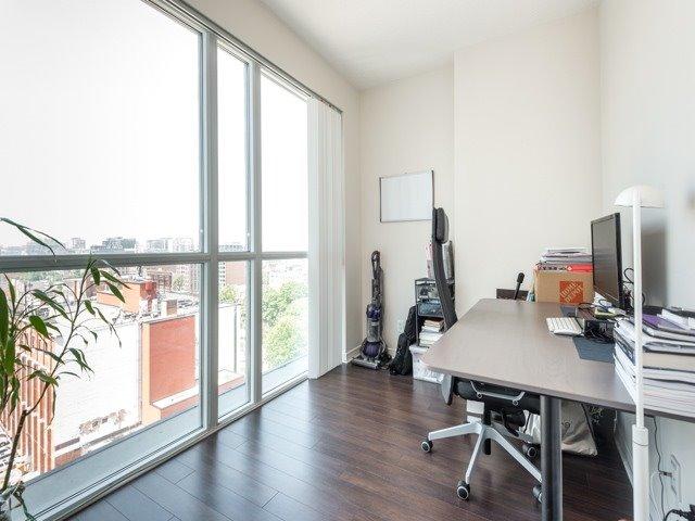 Condo Apartment at 352 Front St W, Unit 1107, Toronto, Ontario. Image 6