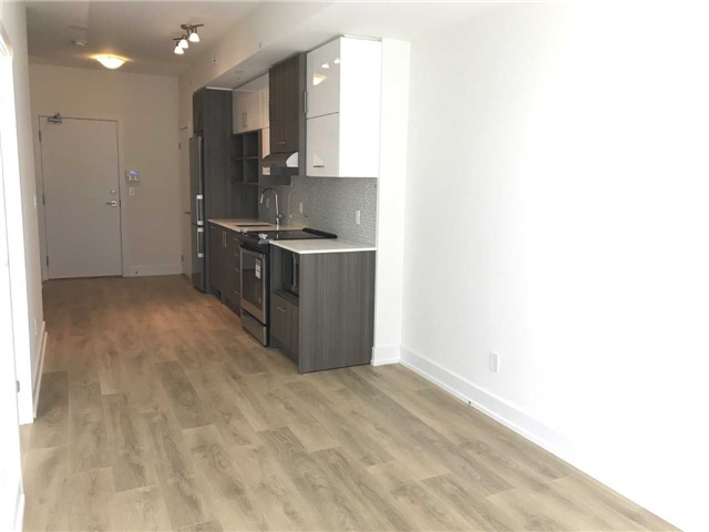 Condo Apartment at 150 Fairview Mall Dr, Unit 704, Toronto, Ontario. Image 2