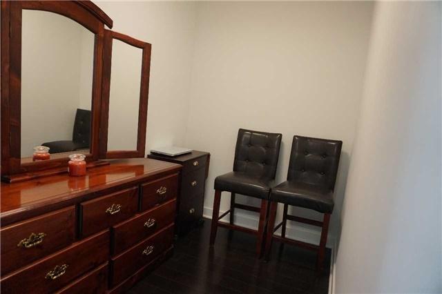 Condo Apartment at 15 Grenville St, Unit 801, Toronto, Ontario. Image 8