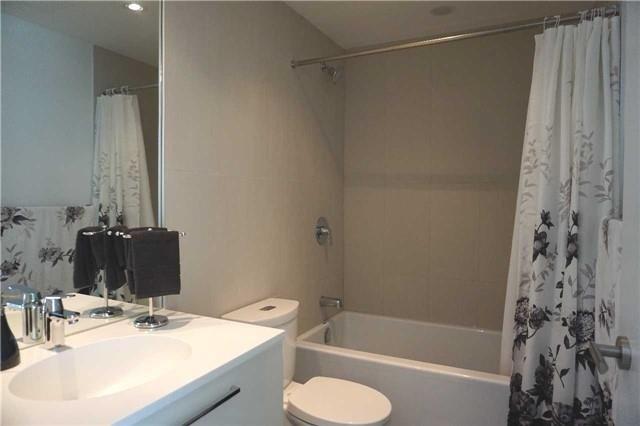Condo Apartment at 15 Grenville St, Unit 801, Toronto, Ontario. Image 2