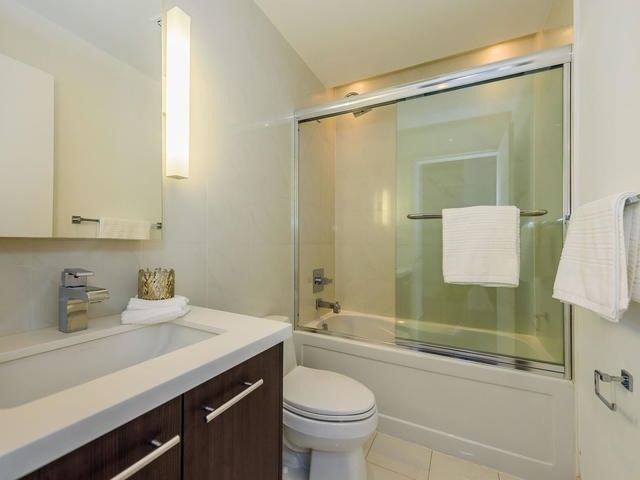 Condo Apartment at 80 John St, Unit 2509, Toronto, Ontario. Image 14