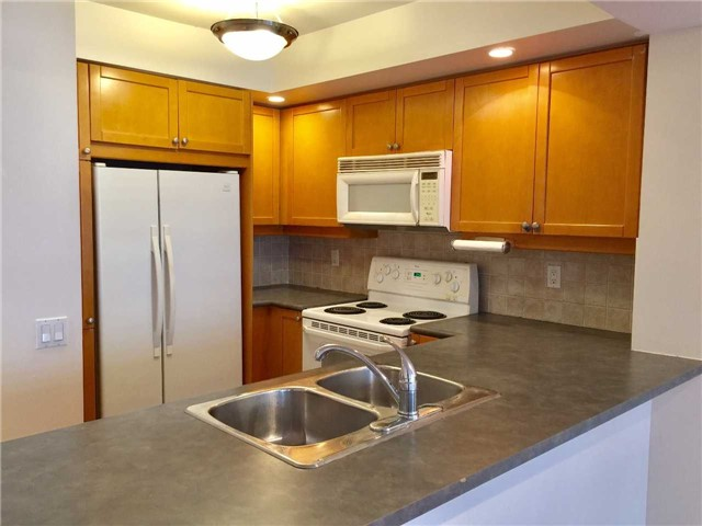 Condo Apartment at 5 Northtown Way, Unit 1508, Toronto, Ontario. Image 12