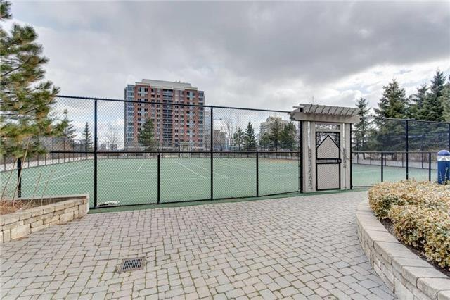 Condo Apartment at 5 Northtown Way, Unit 1508, Toronto, Ontario. Image 6