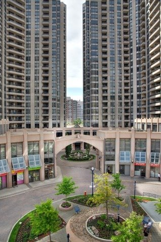 Condo Apartment at 5 Northtown Way, Unit 1508, Toronto, Ontario. Image 8