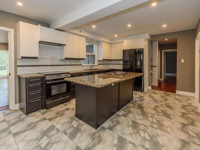 Detached at 326 Drewry Ave, Toronto, Ontario. Image 18