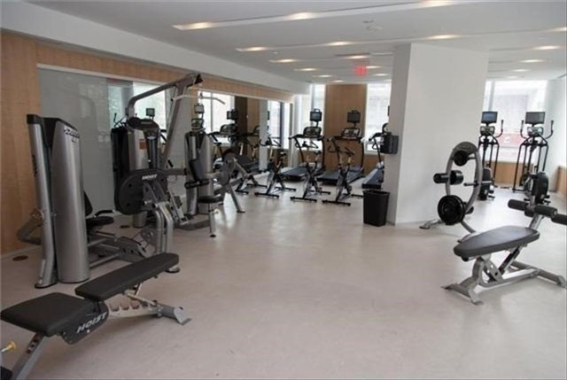 Condo Apartment at 45 Charles St E, Unit 4703, Toronto, Ontario. Image 5