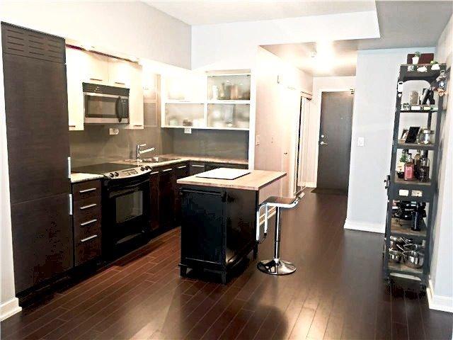 Condo Apartment at 8 Telegram Mews, Unit #823, Toronto, Ontario. Image 6