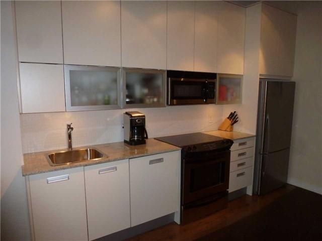 Condo Apartment at 380 Macpherson Ave, Unit 426, Toronto, Ontario. Image 17