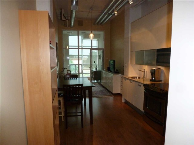 Condo Apartment at 380 Macpherson Ave, Unit 426, Toronto, Ontario. Image 19