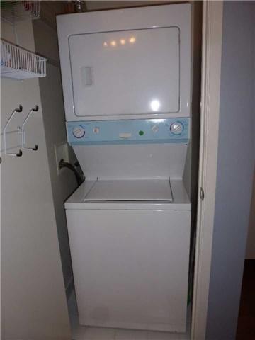 Condo Apartment at 380 Macpherson Ave, Unit 426, Toronto, Ontario. Image 4