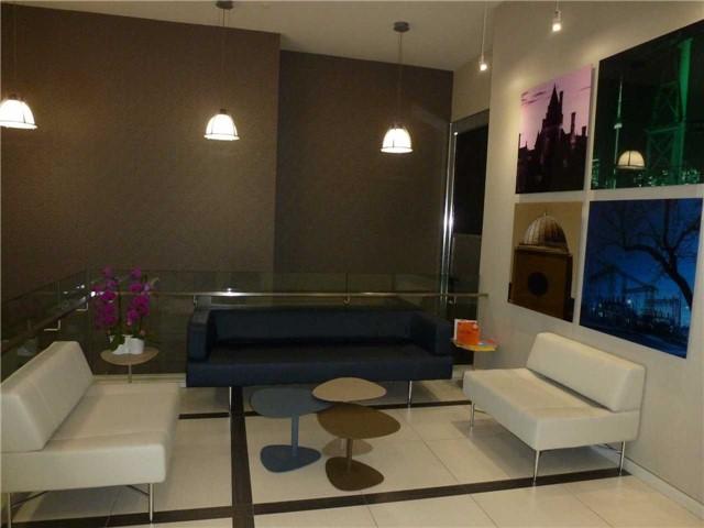 Condo Apartment at 380 Macpherson Ave, Unit 426, Toronto, Ontario. Image 8