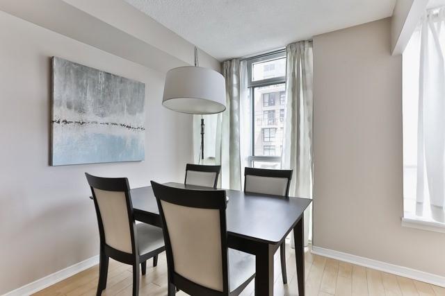 Condo Apartment at 801 King St W, Unit 416, Toronto, Ontario. Image 16