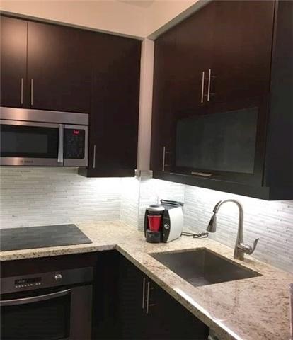 Condo Apartment at 35 Balmuto St, Unit 1609, Toronto, Ontario. Image 5