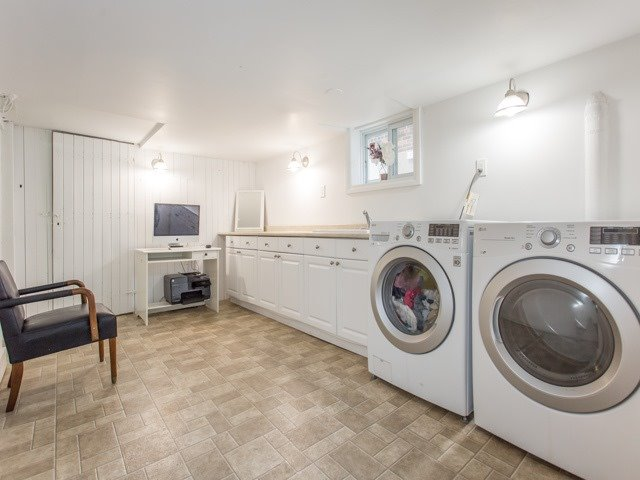 Detached at 378 St Clements Ave, Toronto, Ontario. Image 13