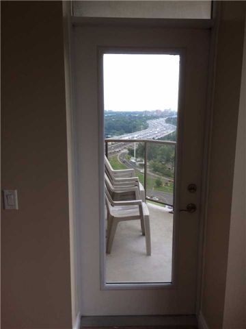 Condo Apartment at 78 Harrison Garden Blvd, Unit 2012, Toronto, Ontario. Image 8