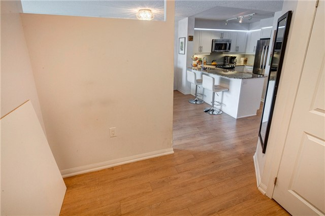 Condo Apartment at 125 Western Battery Rd, Unit 1608, Toronto, Ontario. Image 18