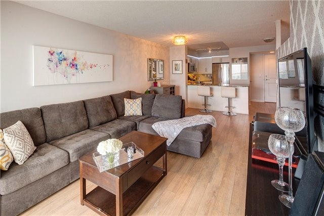 Condo Apartment at 125 Western Battery Rd, Unit 1608, Toronto, Ontario. Image 3