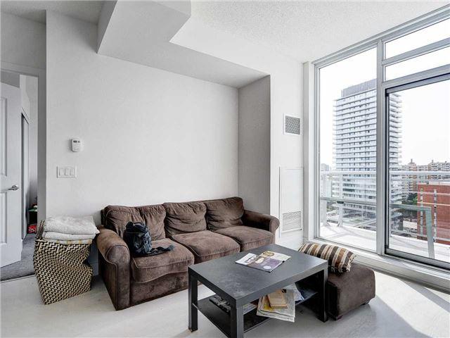 Condo Apartment at 68 Merton St, Unit 1306, Toronto, Ontario. Image 12