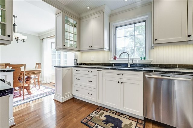 Detached at 43 Elynhill Dr, Toronto, Ontario. Image 17