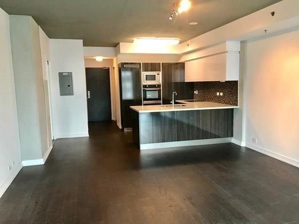 Condo Apartment at 220 George St, Unit 305, Toronto, Ontario. Image 9