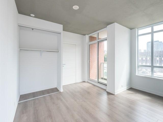 Condo Apartment at 220 George St, Unit 305, Toronto, Ontario. Image 11