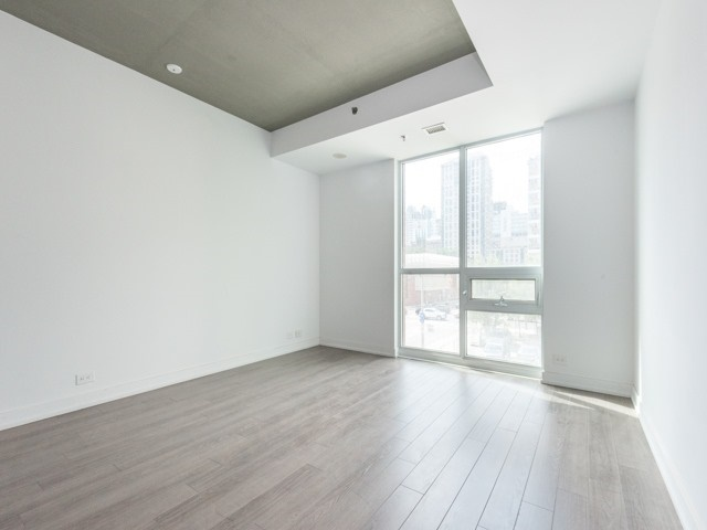 Condo Apartment at 220 George St, Unit 305, Toronto, Ontario. Image 12