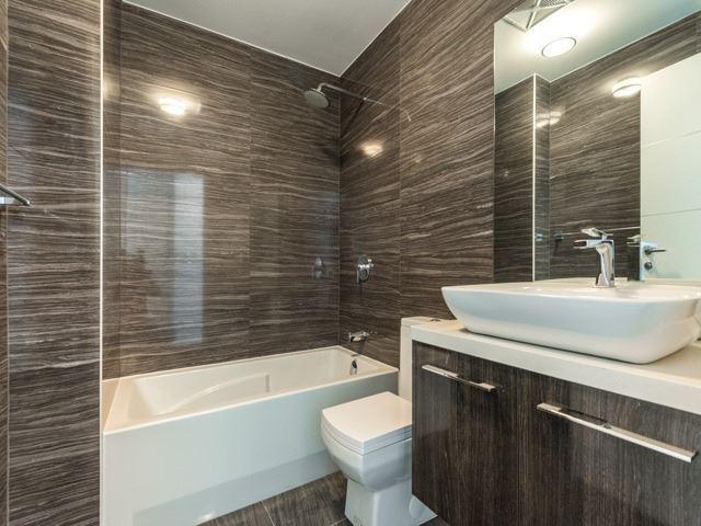 Condo Apartment at 220 George St, Unit 305, Toronto, Ontario. Image 2
