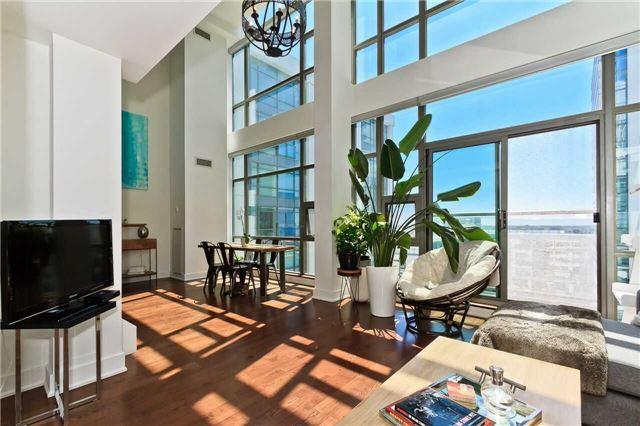 Condo Apartment at 637 Lake Shore Blvd W, Unit 833, Toronto, Ontario. Image 14