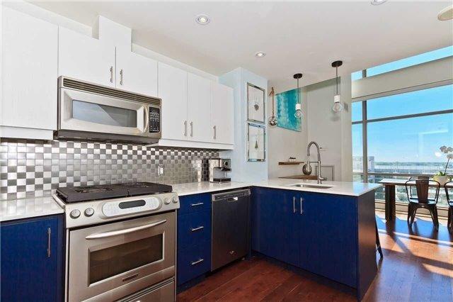 Condo Apartment at 637 Lake Shore Blvd W, Unit 833, Toronto, Ontario. Image 16