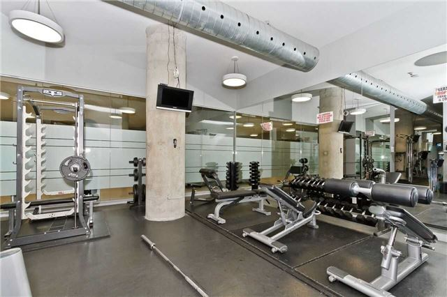 Condo Apartment at 637 Lake Shore Blvd W, Unit 833, Toronto, Ontario. Image 11