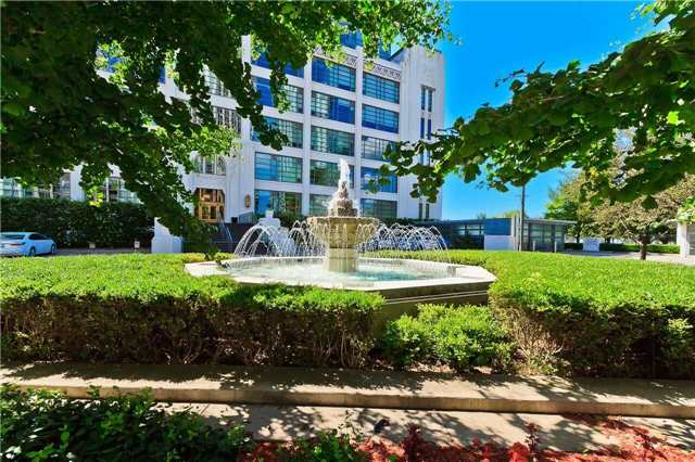 Condo Apartment at 637 Lake Shore Blvd W, Unit 833, Toronto, Ontario. Image 13