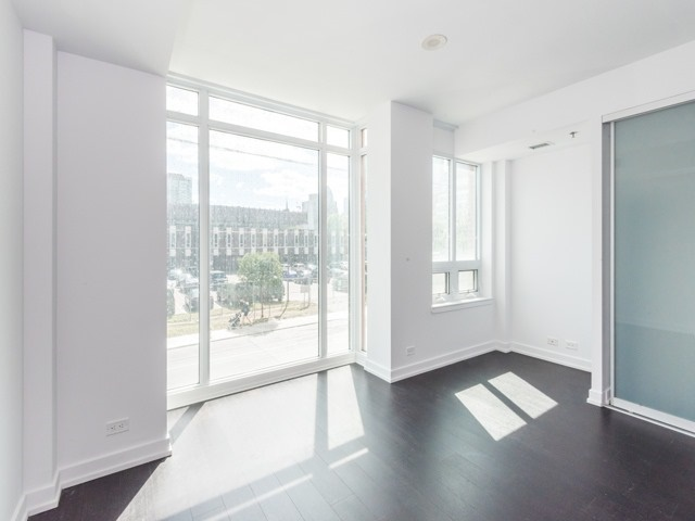 Condo Townhouse at 220 George St, Unit Th02, Toronto, Ontario. Image 11