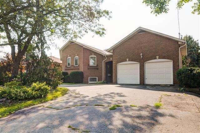 Detached at 319 Horsham Ave, Toronto, Ontario. Image 3