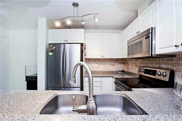 Condo Townhouse at 108 Finch Ave W, Unit B29, Toronto, Ontario. Image 18