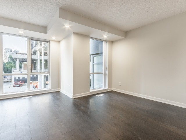 Condo Townhouse at 5168 Yonge St, Unit Th12, Toronto, Ontario. Image 2