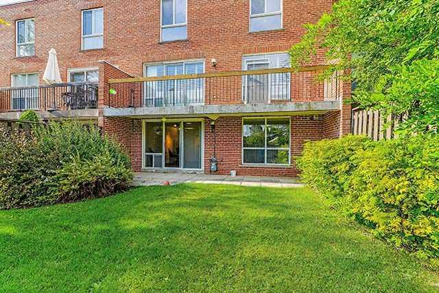 Condo Townhouse at 9 Brassbell Mill Way, Unit 81, Toronto, Ontario. Image 11