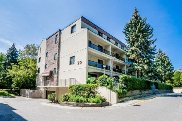 Condo Townhouse at 20 Moonstone  Bywy, Unit 181, Toronto, Ontario. Image 1