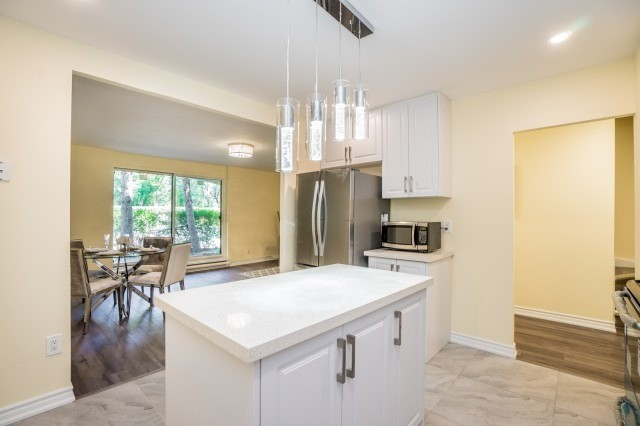 Condo Townhouse at 20 Moonstone  Bywy, Unit 181, Toronto, Ontario. Image 16