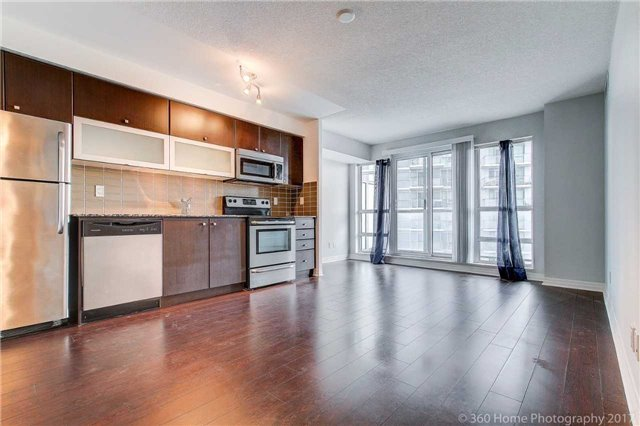 Condo Apartment at 2015 Sheppard Ave, Unit 2011, Toronto, Ontario. Image 12