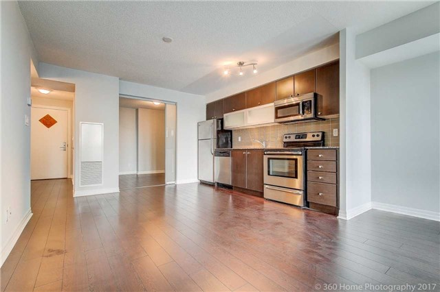Condo Apartment at 2015 Sheppard Ave, Unit 2011, Toronto, Ontario. Image 14