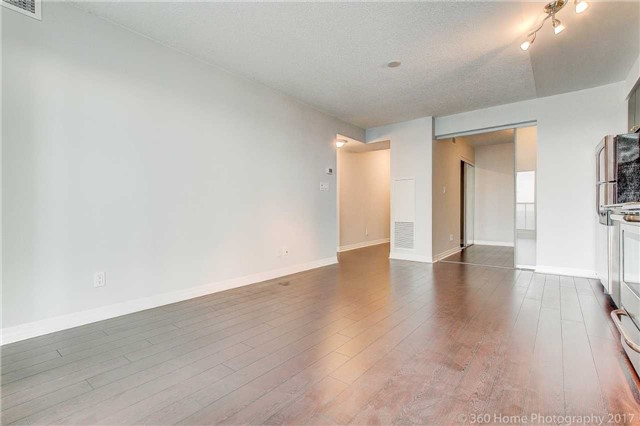 Condo Apartment at 2015 Sheppard Ave, Unit 2011, Toronto, Ontario. Image 15