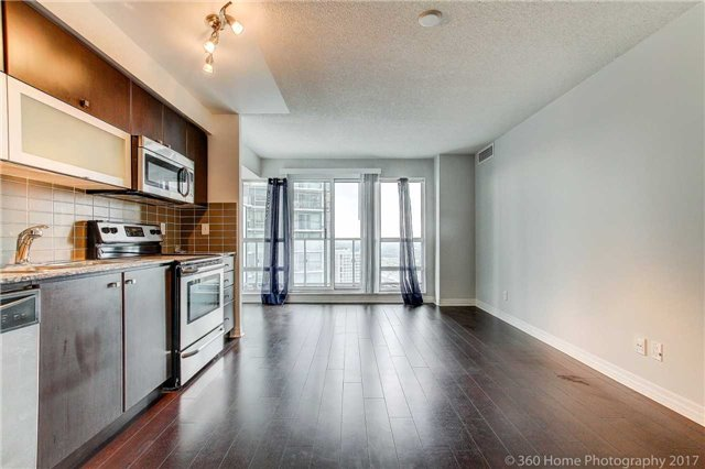 Condo Apartment at 2015 Sheppard Ave, Unit 2011, Toronto, Ontario. Image 16